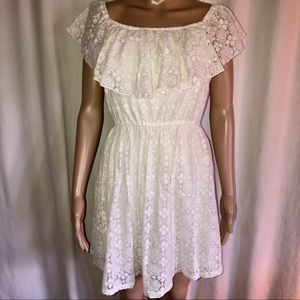 Abercrombie & Fitch sleeveless lace dress